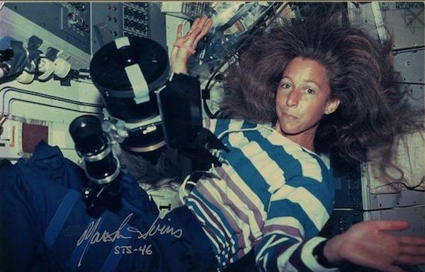 スペースシャトルに搭載のセレストロンのC5鏡筒で天体(木星/土星/火星)を撮影