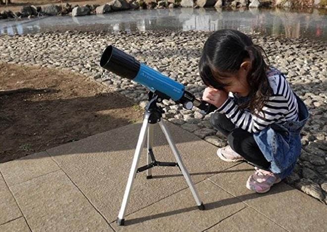 子供向け月の観測に最適の天体望遠鏡、最安値!これ以上安い天体望遠鏡だと綺麗に見えないです。MIZAR(ミザールテック)